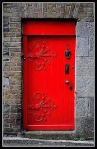 20-uma-porta-vermelha