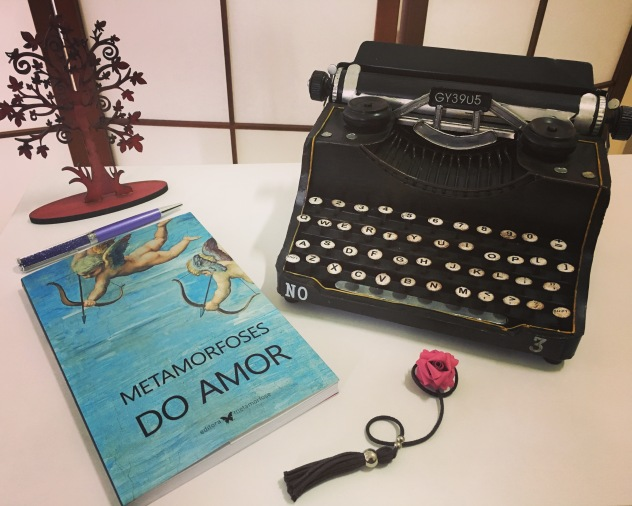 Antologia Metamorfoses do Amor da Editora Metamorfose.